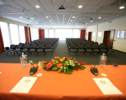 Farnese Meeting Room (3parts)