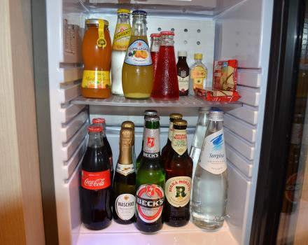 Minibar Super Fornito