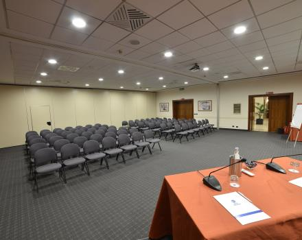 Farnese Meeting Room - A+B Theatre (2 parts)